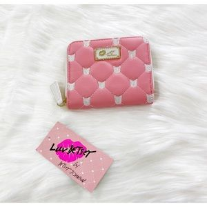 NEVER USED, Betsey Johnson coin purse